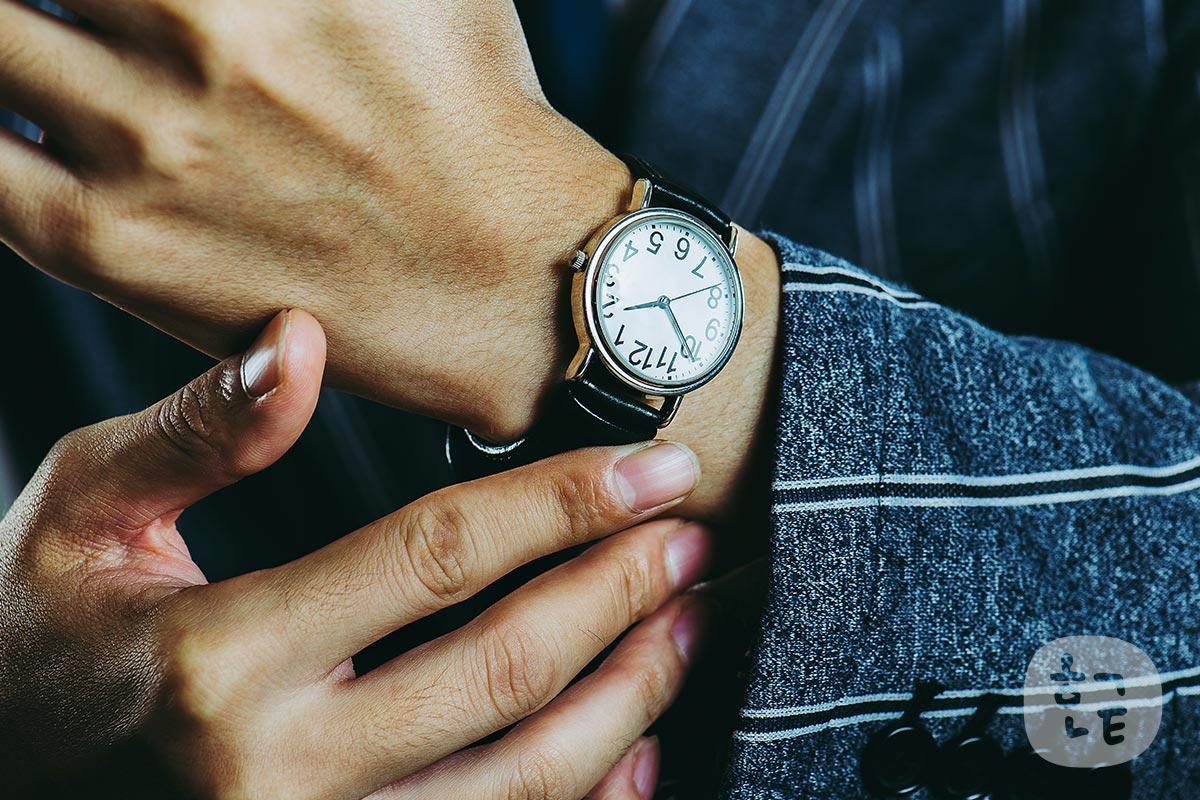 韓国人男性が喜ぶプレゼント【3位】時計